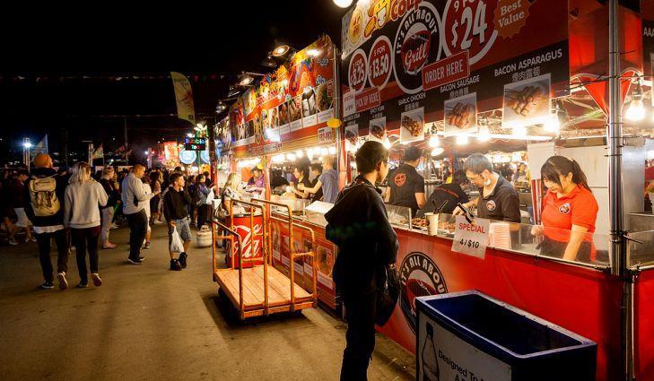 10 khu chợ đêm khổng lồ trên thế giới-8