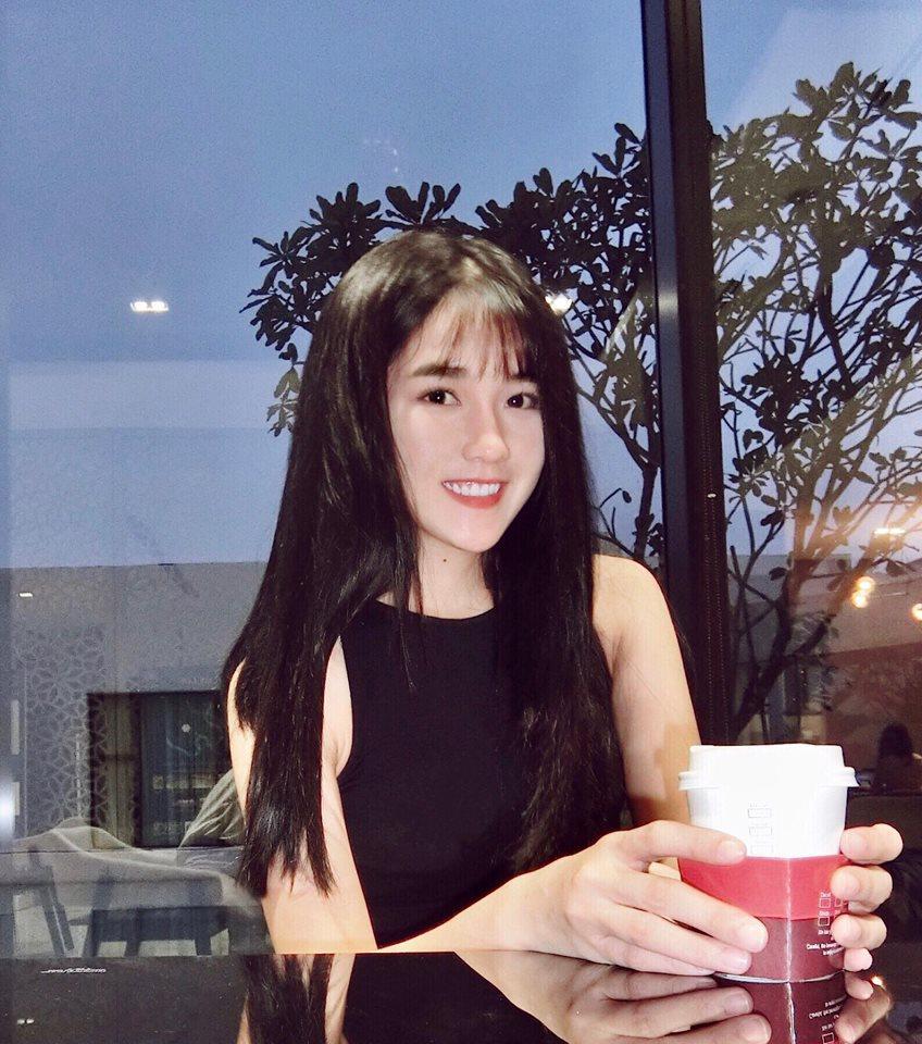 Hot girl - hot boy Việt 27/10: Say lòng với hit Từ hôm nay qua tiếng đàn của Yến Tatoo-2