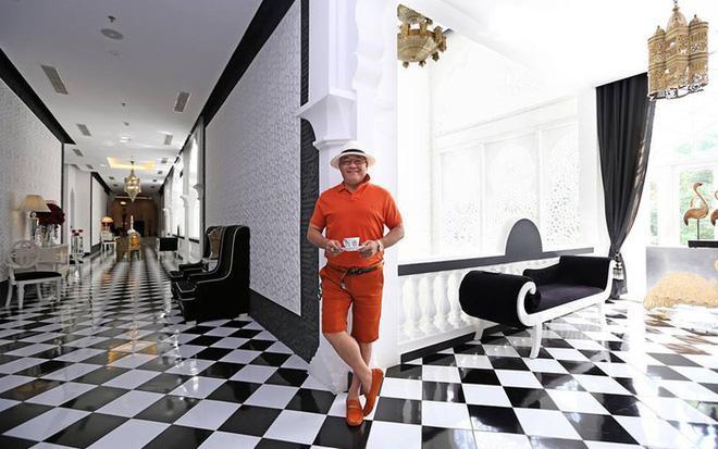 Người đầu tiên phanh phui cửa hàng Khaisilk bán lụa Trung Quốc: Tôi rất sốc và bất bình với việc làm của ông Hoàng Khải-4