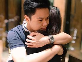 Chia sẻ cái ôm ngọt ngào với người con gái bí ẩn, rộ nghi vấn Phan Thành có tình mới?