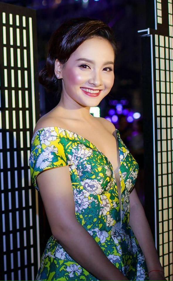Hết hồn với muôn kiểu make up ngỡ như hóa trang Halloween của dàn mỹ nhân Việt-1