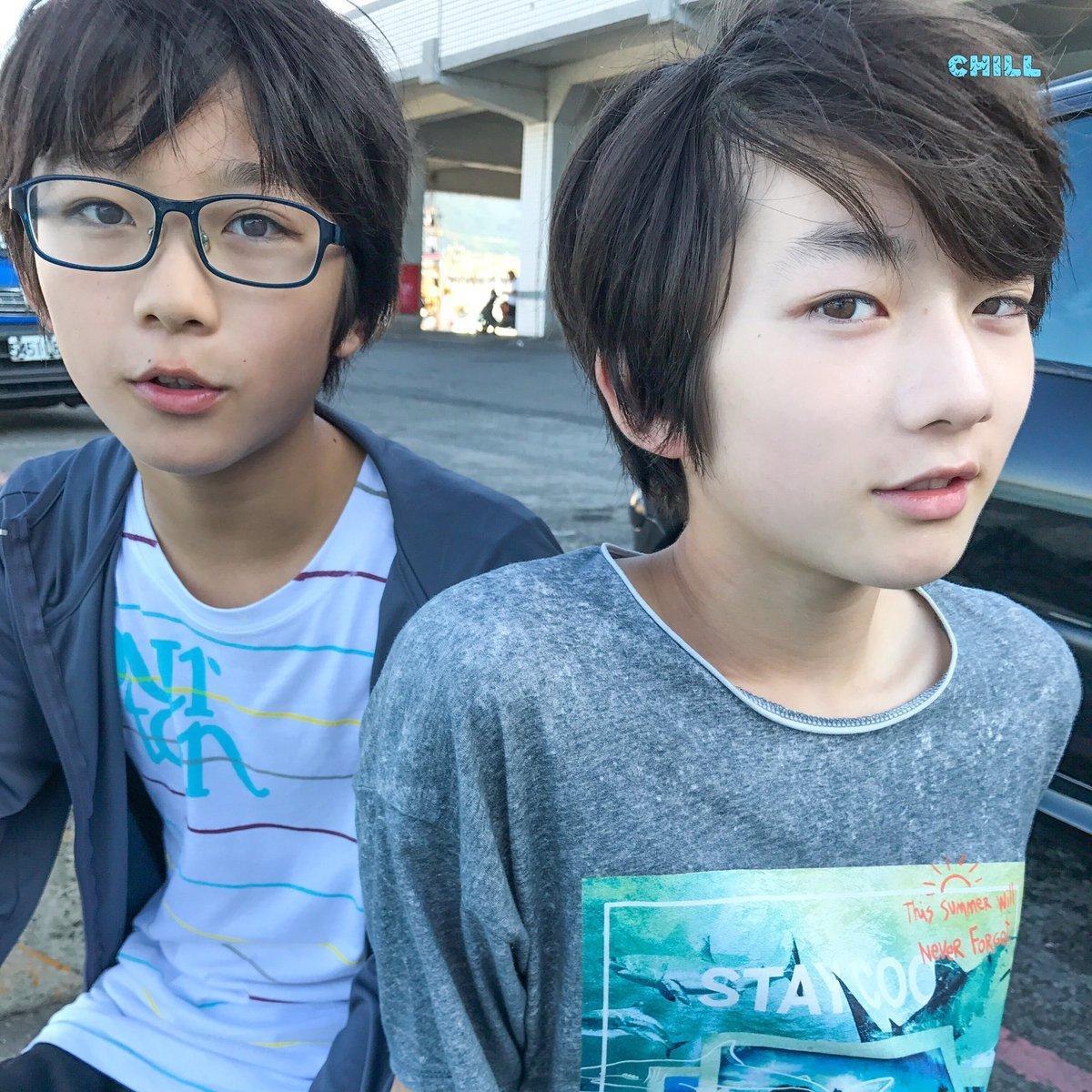 Cặp con lai người Nhật mới ít tuổi đã đẹp từ anh đến em, muốn không hot cũng khó-4