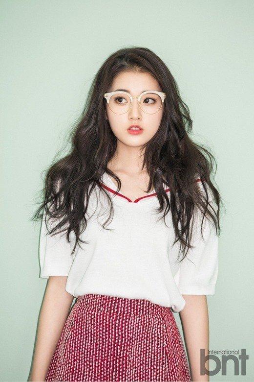 Thế hệ mỹ nhân Hàn sinh năm 1999-2000: Xinh đẹp, quyến rũ và cực kỳ tài năng-4