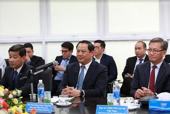 Phó Thủ tướng Lào thăm và làm việc với Vinamilk-3