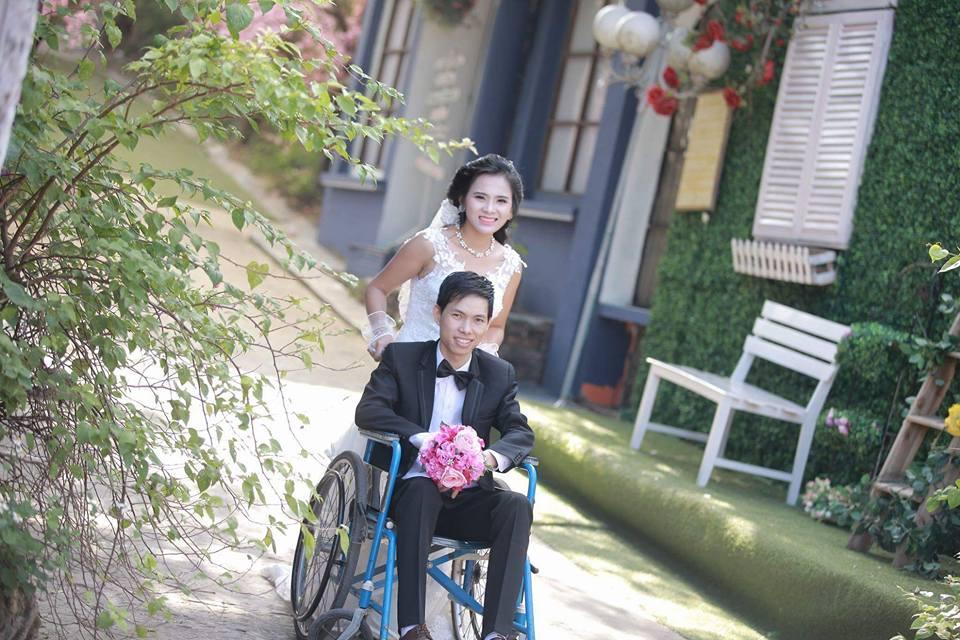 Quyết lấy chàng trai ngồi xe lăn, cô gái Lạng Sơn liên tục bị xui bỏ trốn trong ngày cưới-1