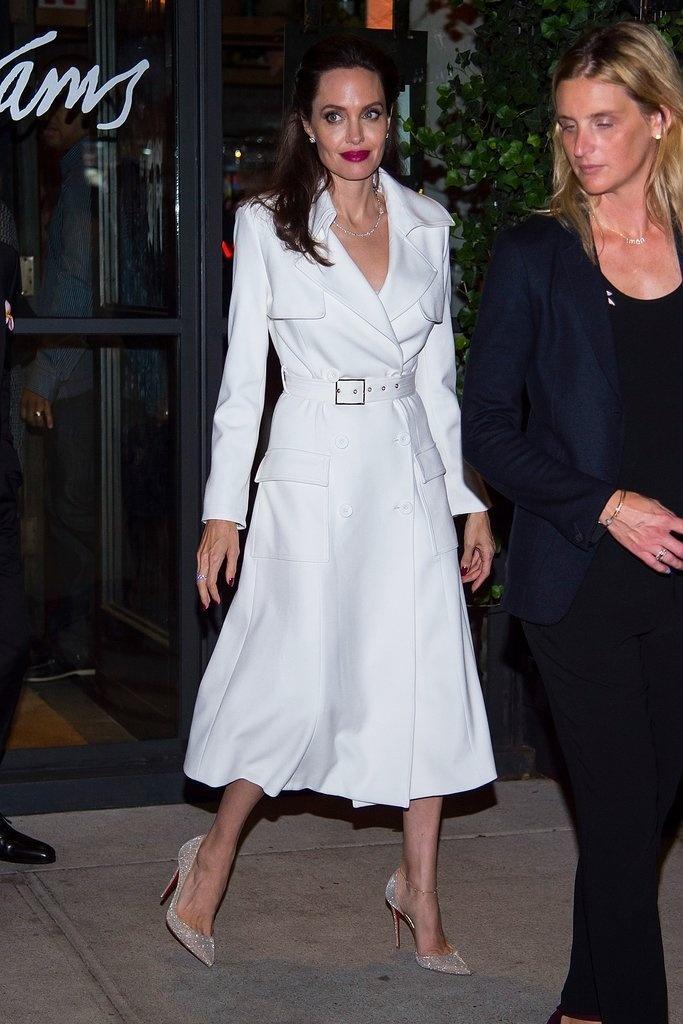 Muốn mặc đẹp như Angelina Jolie, hãy ghi nhớ những bí quyết sau-1