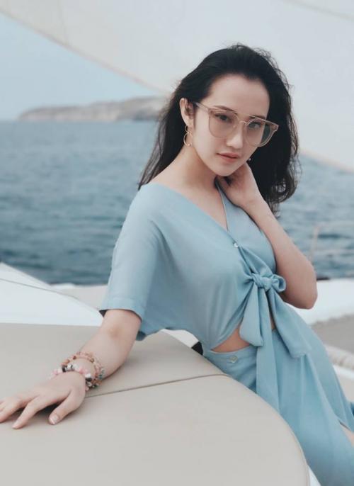Chân dung cô gái tài sắc vẹn toàn được cho là 'bạn gái mới' của thiếu gia Phan Thành-5