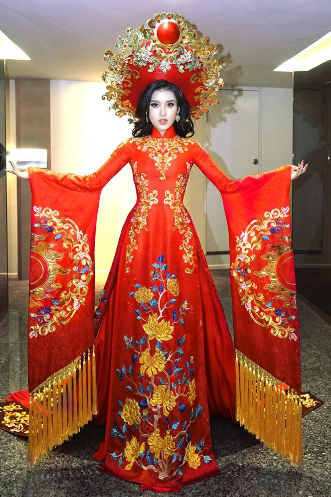 Trang phục dân tộc của Huyền My ở Hoa hậu Hòa bình bị tố sao chép-2