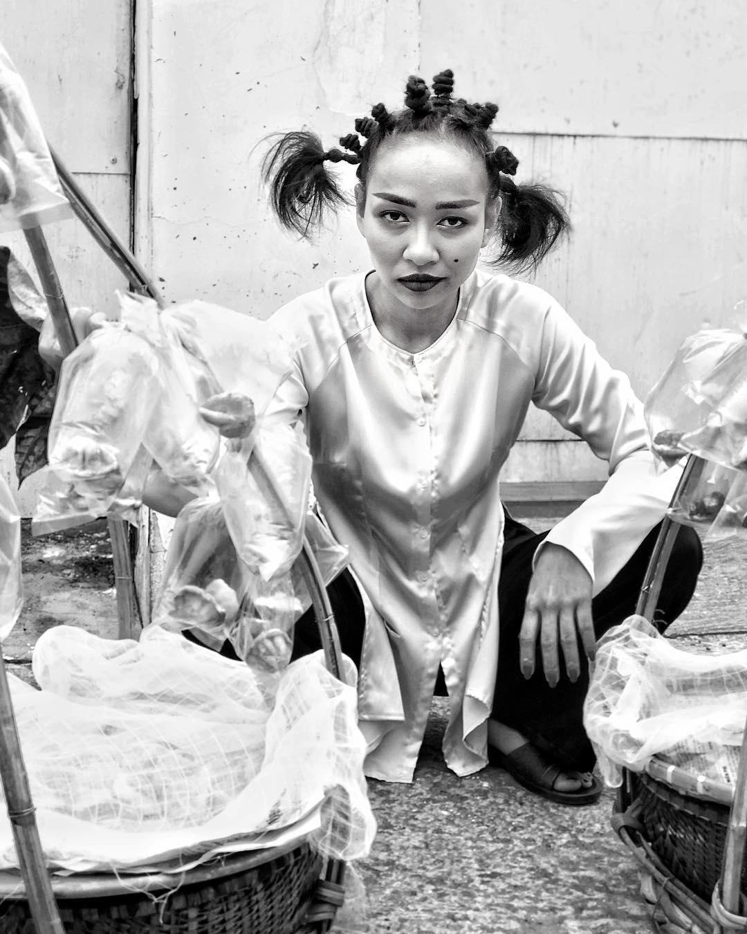Tin sao Việt 28/10: Bất ngờ với gương mặt trút bỏ son phấn hoàn toàn của Phạm Hương-12