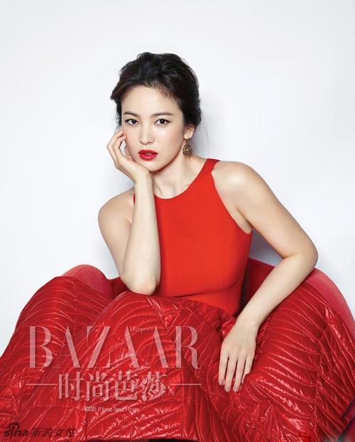 Với vóc dáng bé nhỏ, Song Hye Kyo sẽ chọn váy cưới kiểu nào để làm 'cô dâu thế kỉ'?-4