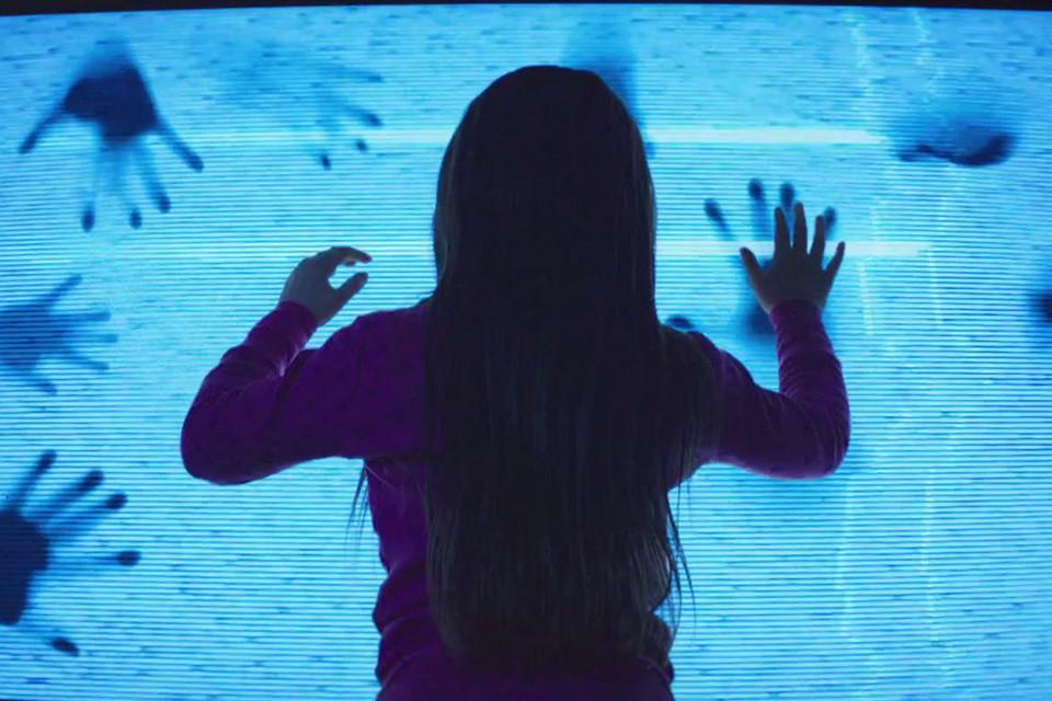 10 công nghệ trở nên đáng sợ trong thế giới phim kinh dị-1