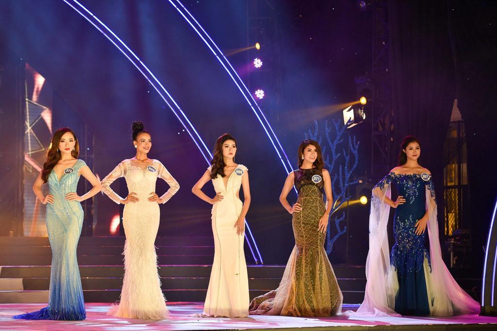 Thí sinh Hoa hậu Đại dương đụng hàng Huyền My trong đêm chung kết-1