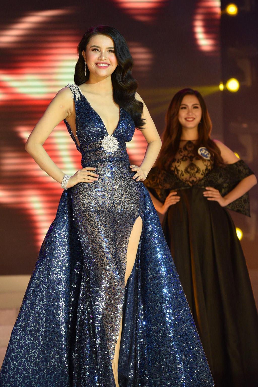 Thí sinh Hoa hậu Đại dương đụng hàng Huyền My trong đêm chung kết-7