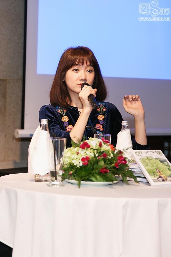 Clip mẹ Trấn Thành chia sẻ niềm tự hào khi có con dâu là Hari Won-5