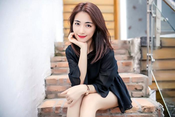 Hòa Minzy lần đầu lên tiếng về mối tình với Công Phượng