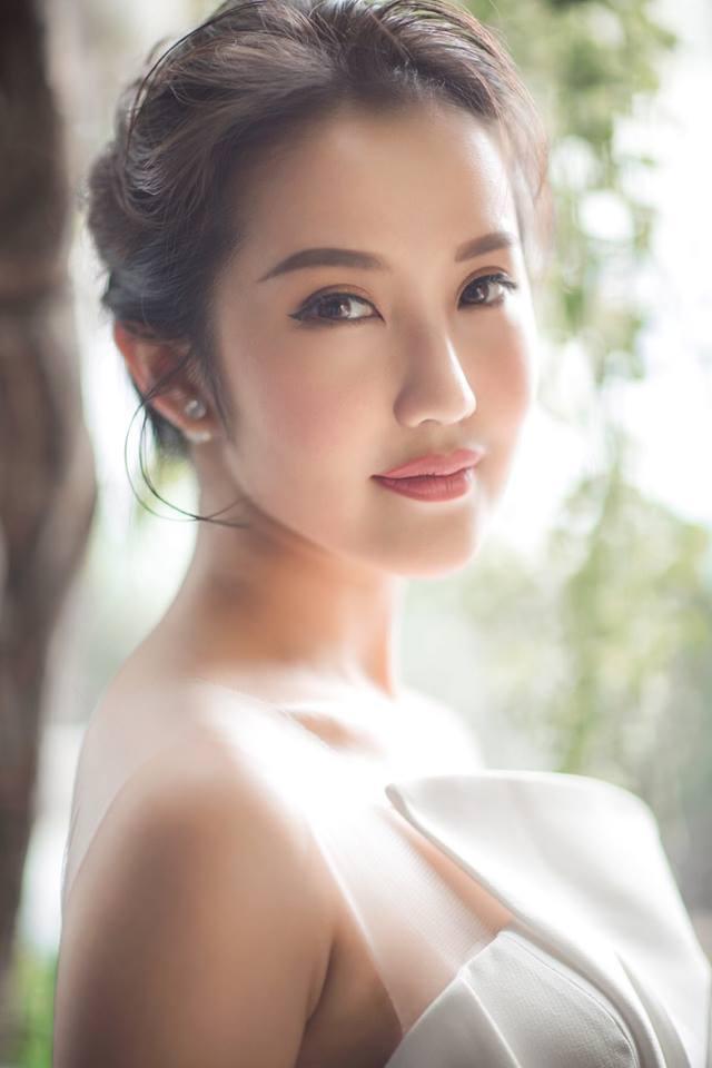 Hot girl - hot boy Việt 30/10: Thánh nữ bolero Jang Mi gây nghiện khi tung mashup 2 hit của Vpop-2