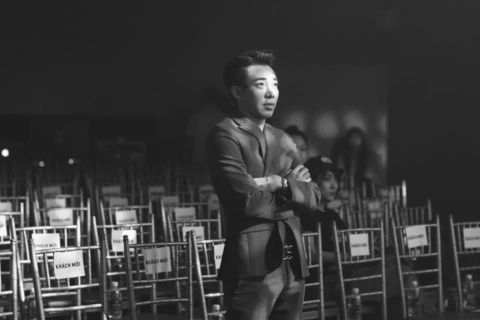 Hot girl - hot boy Việt 30/10: Thánh nữ bolero Jang Mi gây nghiện khi tung mashup 2 hit của Vpop-10