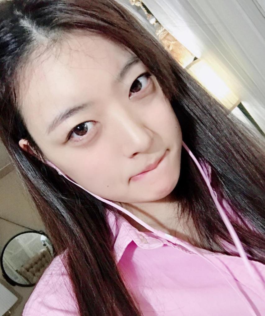 Cô gái Hàn được ví như chị em song sinh thất lạc của Sulli vì giống thần tượng đến 99%-4