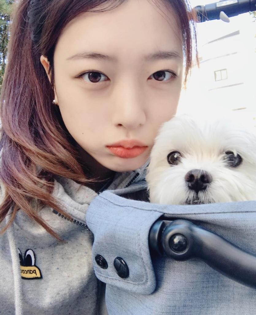 Cô gái Hàn được ví như chị em song sinh thất lạc của Sulli vì giống thần tượng đến 99%-5