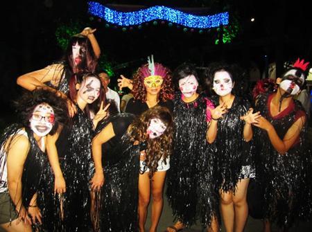 Đã mắt với màn nhảy flashmob theo phong cách thây ma trên phố đi bộ Hà Nội-1