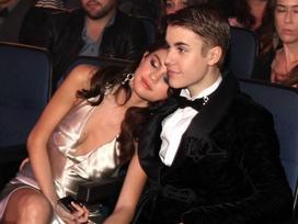 Cảm xúc rộn ràng khi gặp lại Justin, Selena muốn thu âm ca khúc họ từng sáng tác cùng nhau?