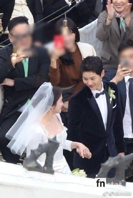 Hình ảnh Song Hye Kyo mặt bầu tròn trĩnh làm dấy lên nghi ngờ cô dâu đã có tin vui-8