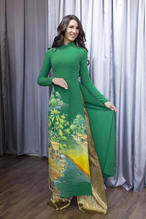 Nguyễn Thị Loan hội ngộ Hoa hậu Hoàn vũ Na Uy trước thềm chung kết Hoa hậu Hoàn vũ-7