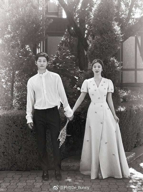 Bộ ảnh cưới chính thức siêu đẹp của Song Joong Ki và Song Hye Kyo-1