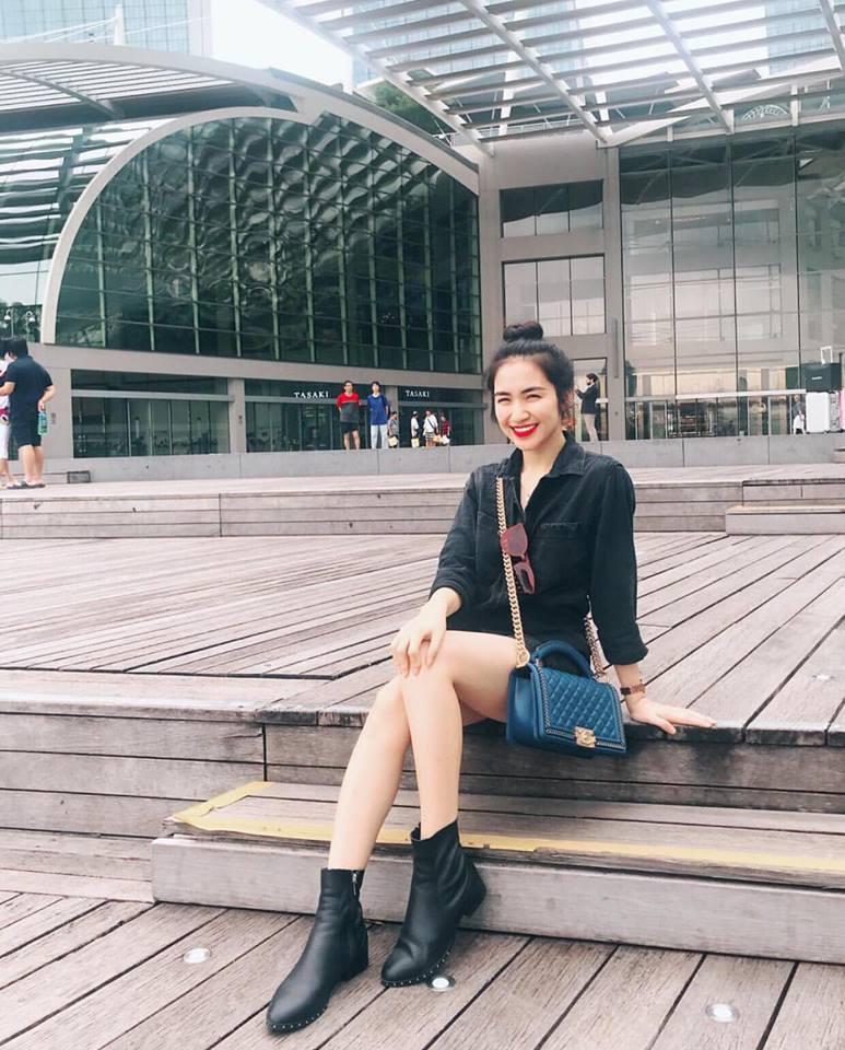 Huyền My gợi cảm - Sơn Tùng lăng xê mốt quần của bố trong street style tuần này-10