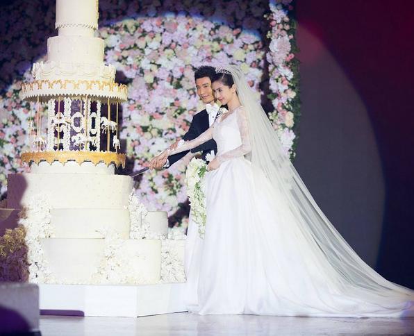 Cùng với Song Hye Kyo, nhiều người đẹp cũng diện thiết kế váy cưới của Dior trong ngày trọng đại-6