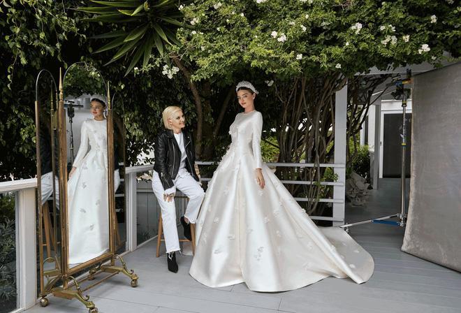 Cùng với Song Hye Kyo, nhiều người đẹp cũng diện thiết kế váy cưới của Dior trong ngày trọng đại-8