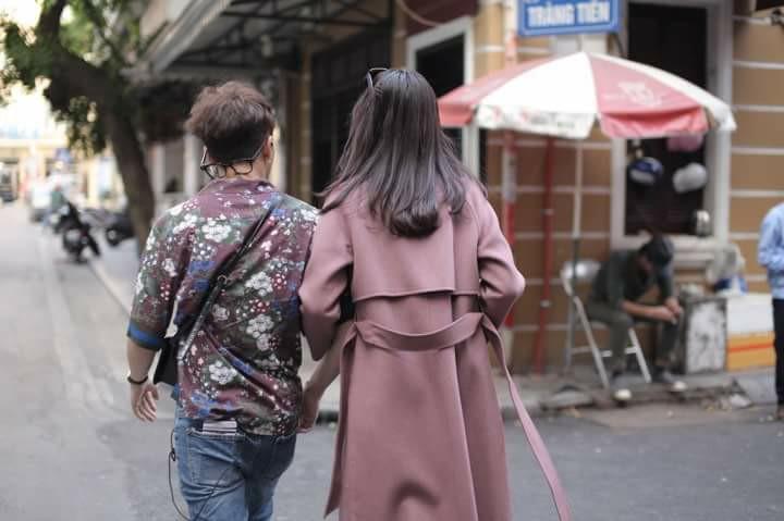Hot girl - hot boy Việt 1/11: Bạn gái Phan Thành trổ tài chơi piano hút triệu lượt xem-2