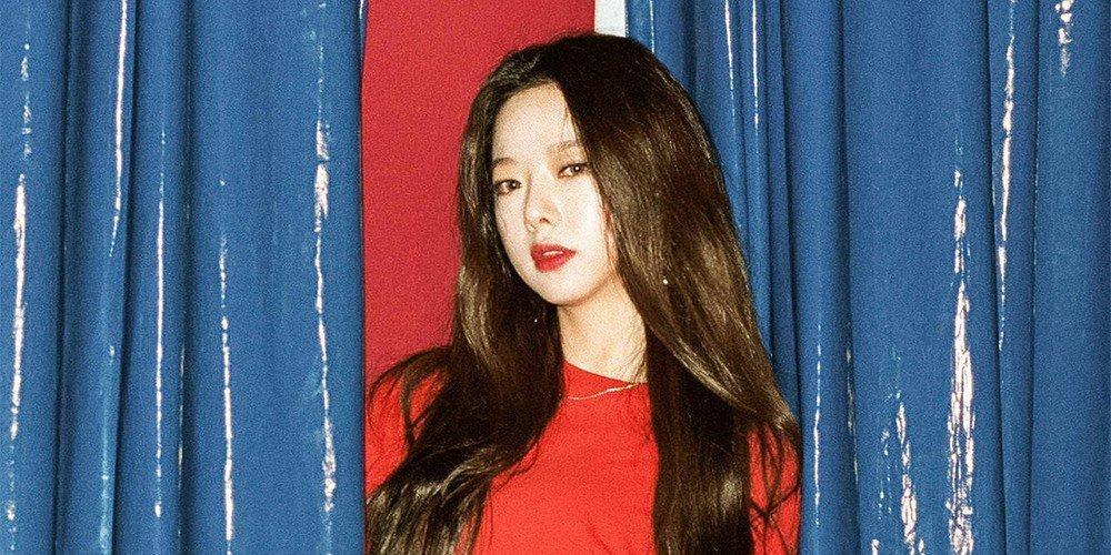 Sao Hàn 1/11: Lee Kwang Soo hài hước Chị dâu Song Hye Kyo, Song Joong Ki phiền chị rồi-2