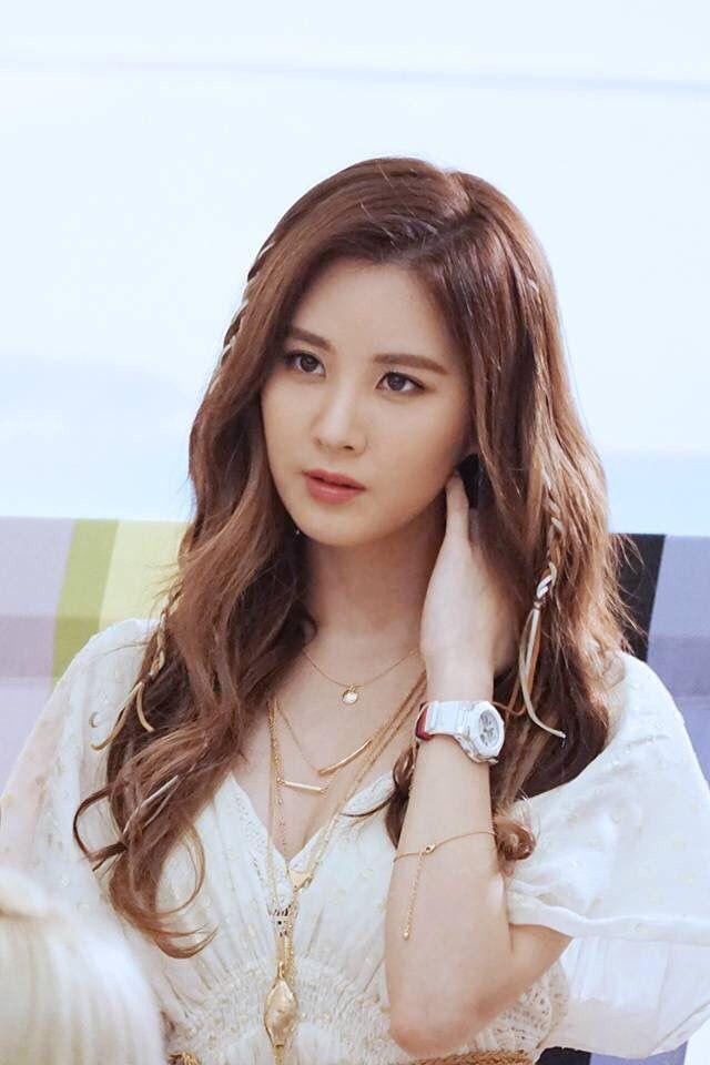 Sao Hàn 1/11: Lee Kwang Soo hài hước Chị dâu Song Hye Kyo, Song Joong Ki phiền chị rồi-3