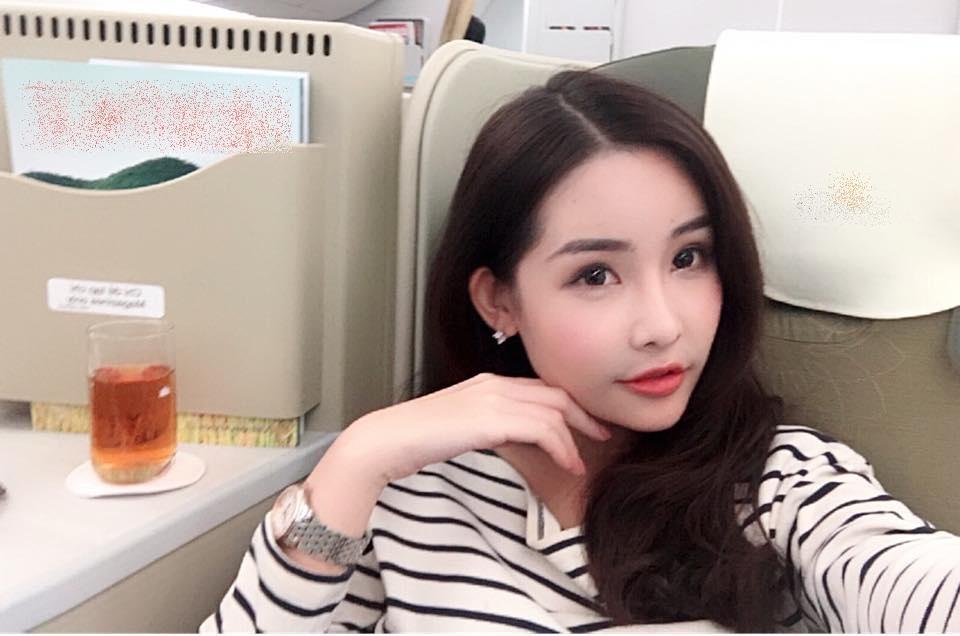 Tin sao Việt 1/11: Bỏ ngoài tai mọi công kích, hoa hậu Lê Âu Ngân Anh hào hứng với công việc mới-1