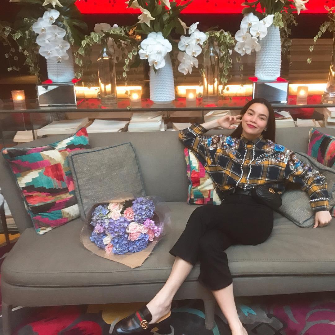 Tin sao Việt 1/11: Bỏ ngoài tai mọi công kích, hoa hậu Lê Âu Ngân Anh hào hứng với công việc mới-9