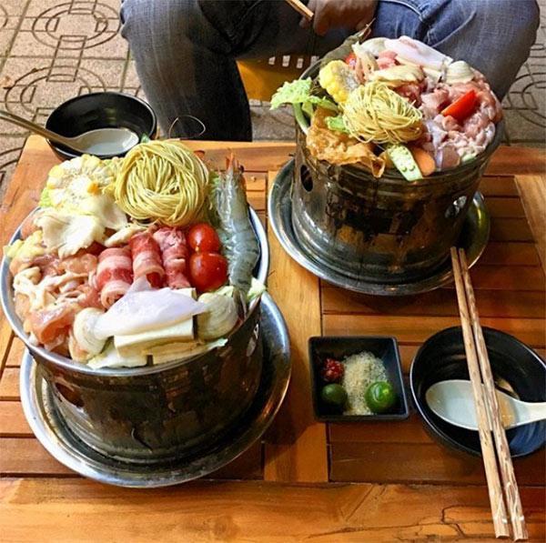 Top 7 quán lẩu vỉa hè cứ gió mùa là đông kín người ăn ở Hà Nội-5