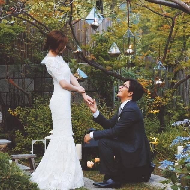 Cùng mặc váy cưới triệu đô, sao Hàn nào mới là nữ hoàng trong ngày trọng đại?-5