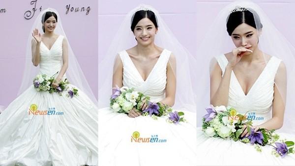 Cùng mặc váy cưới triệu đô, sao Hàn nào mới là nữ hoàng trong ngày trọng đại?-11
