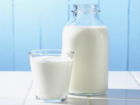 Công thức làm đẹp da kịp đón Tết với sữa tươi-1