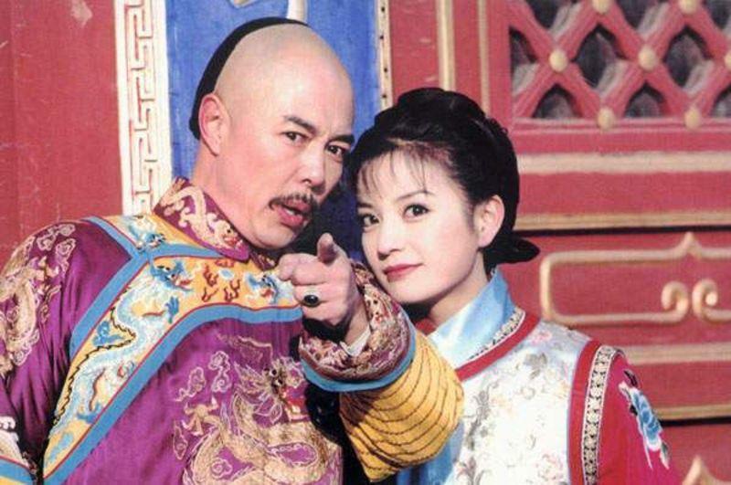 Đổi vận nhờ Hoàn Châu cách cách nhưng cả 3 mỹ nhân này đều bị tố ăn cháo đá bát-2