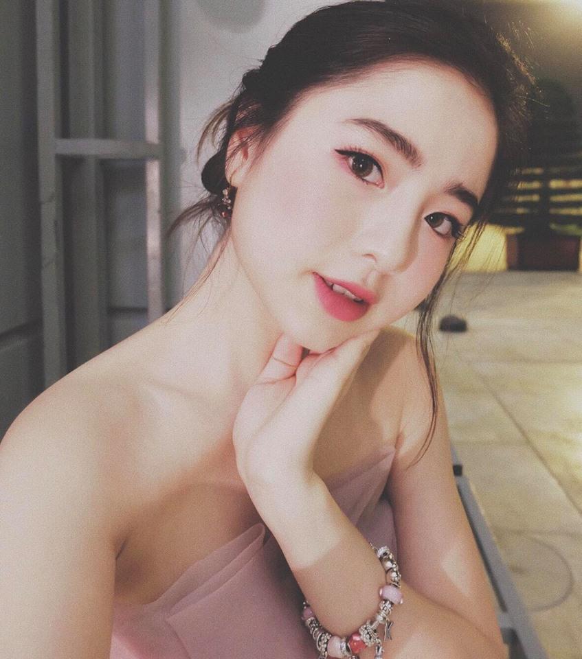 Hot girl - hot boy Việt 3/11: Phải đi công tác, Huyền Baby dự trữ sữa mẹ cả tuần cho quý tử-7