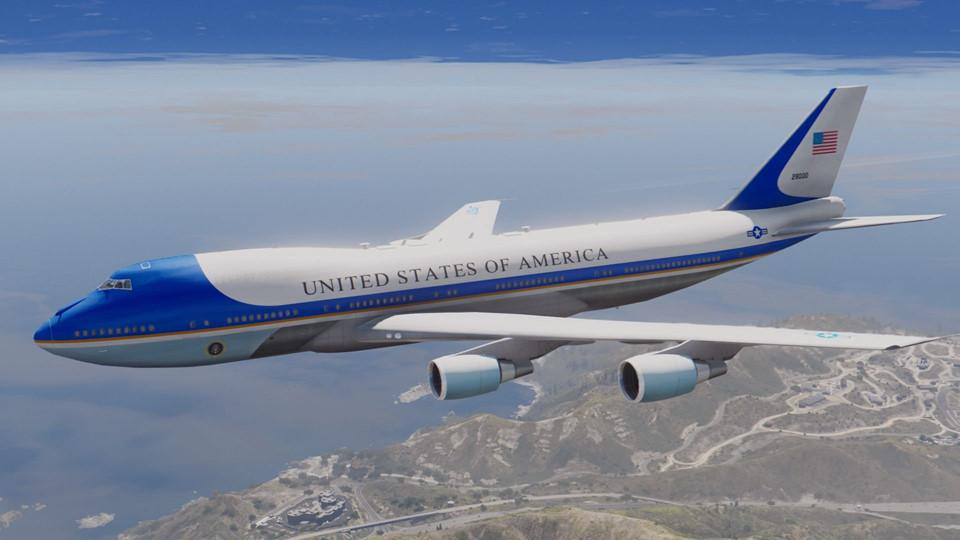 Đoàn tháp tùng hùng hậu bảo vệ tổng thống Mỹ-7