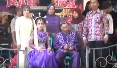 Phải lấy người không yêu, cô dâu khóc đến ngất trong đám cưới-1