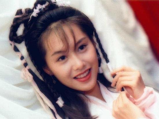 Ngỡ ngàng trước nhan sắc 20 năm không đổi của tình cũ Châu Tinh Trì-8