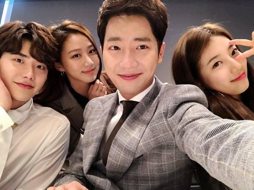 Khi nàng say giấc: Ảnh hậu trường cực đáng yêu của Lee Jong Suk và Suzy-3