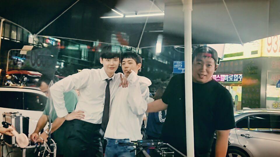 Khi nàng say giấc: Ảnh hậu trường cực đáng yêu của Lee Jong Suk và Suzy-6