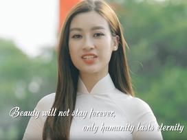 Đỗ Mỹ Linh nói tiếng Anh như gió trong clip giới thiệu bản thân tại Miss World 2017