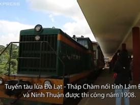Du khách thích thú thăm Đà Lạt trên tuyến xe lửa cổ