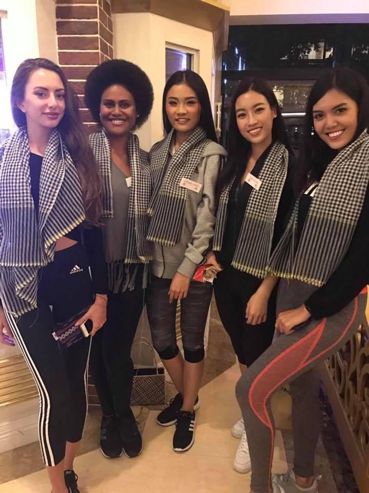 Đỗ Mỹ Linh nói tiếng Anh như gió trong clip giới thiệu bản thân tại Miss World 2017-11